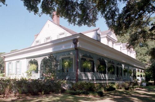 Десять знаменитых домов с привидениями (10 фото)