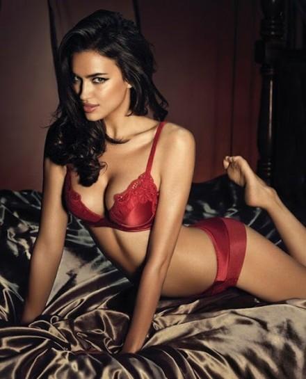 9aaf25acfe63 Ирина Шейк в рекламной фотосессии нижнего белья La Clover (12 фото ...