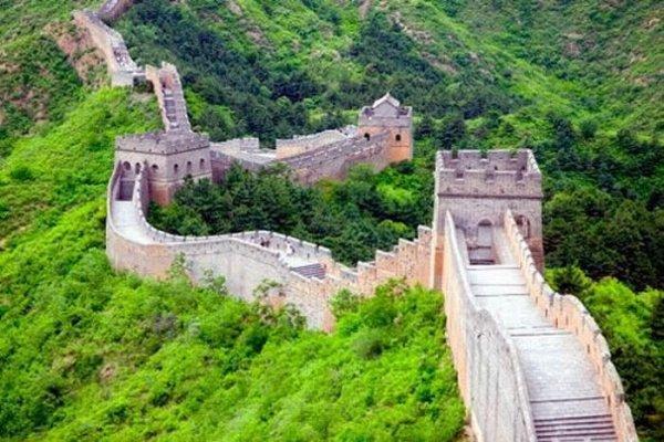 Конец Великой Китайской стены (3 фото)