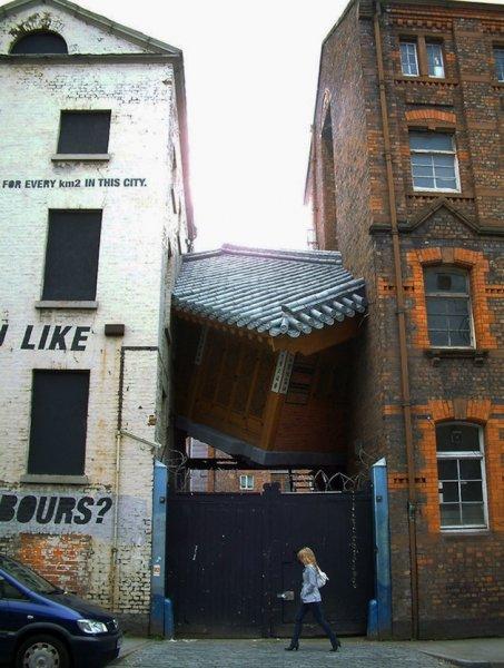 Дом между домами в Ливерпуле (6 фото)