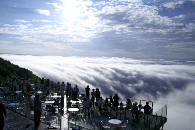Терраса Ункай - место над облаками (2 фото + видео)
