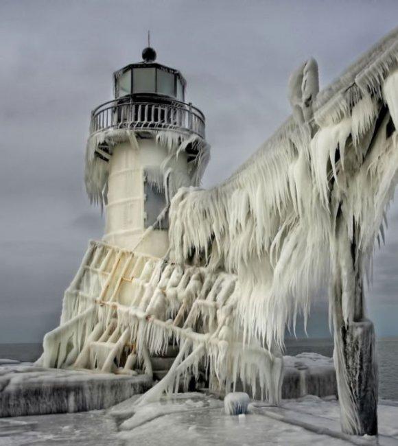 Замороженное озеро Мичиган (8 фото)