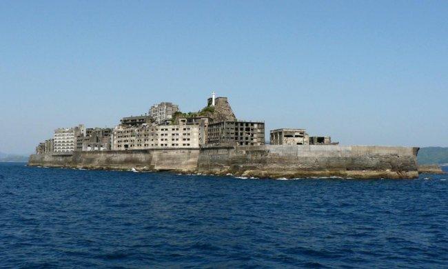 Остров-призрак Хасима (9 фото)