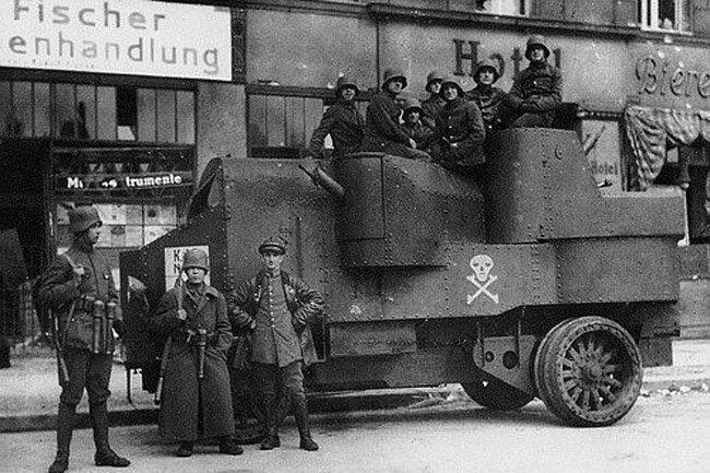 11 военных автомобилей времён 1-й мировой войны (11 фото)
