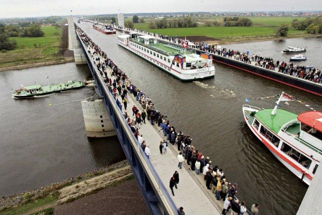 Магдебургский водный мост (3 фото)