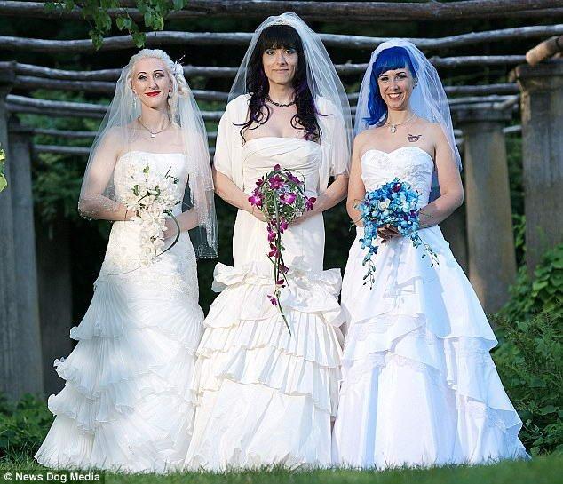 Супружеское трио (5 фото)