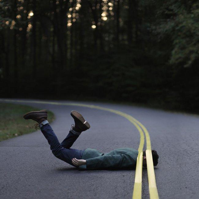 Сюрреалистические картины Бена Занка (12 фото)