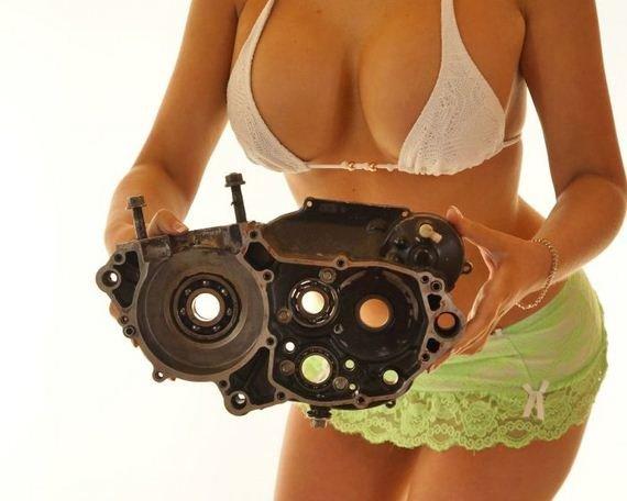 Как можно использовать девушек при продаже автозапчастей (37 фото)