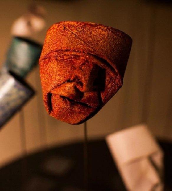 Лица из туалетной бумаги (10 фото)