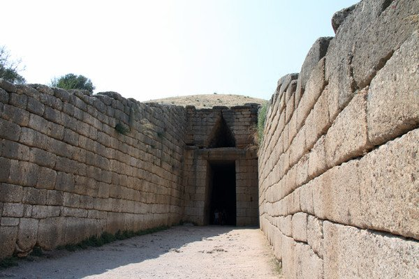 10 самых древних построек мира: (10 фото)