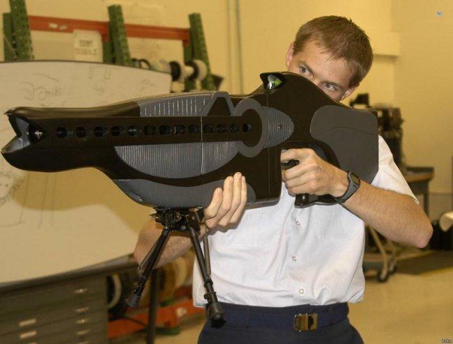 10 самых необычных оружий в мире (13 фото)