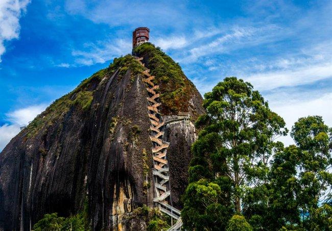 Самый большой камень в мире (5 фото)