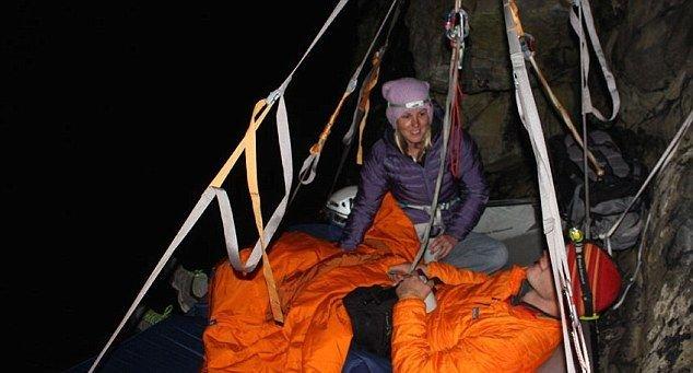 Portaledge HOTEL - отель на скале (7 фото)
