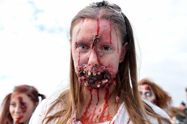 Зомби в Германии (18 фото)