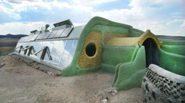 Коммуна Earthships - город экологически чистого жилья из вторсырья (16 фото)