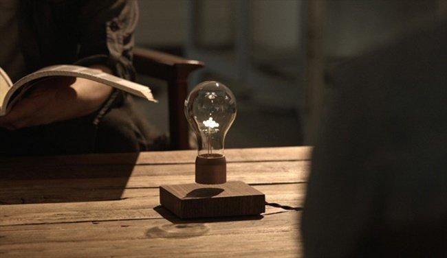 Летающий светильник от Саймона Морриса (6 фото)