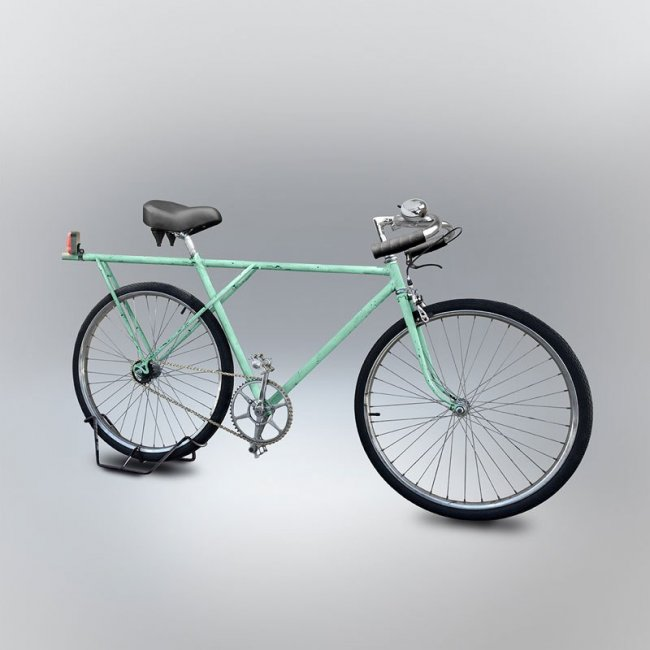 Художник делает цифровые иллюстрации велосипедов, нарисованных знакомыми по памяти карандашом (18 фото)