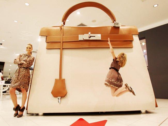 Интересные факты о женских сумочках (8 фото)