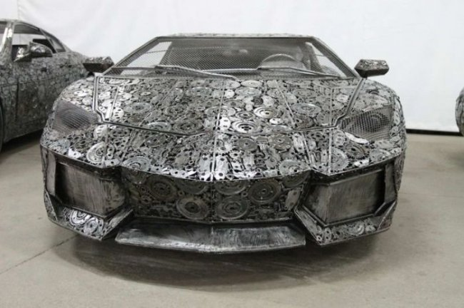 Автомобили изготовленные из металла (9 фото)
