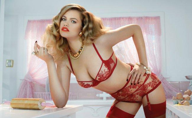 ТОП-7 самых сексуальных девушек мира по версии GQ (22 фото)