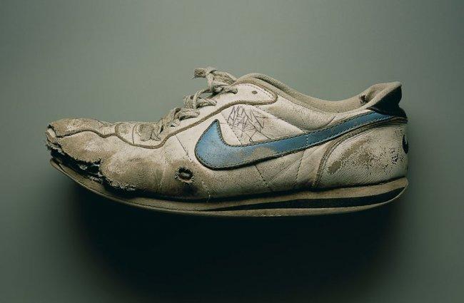Невероятные факты о кроссовках (15 фото)