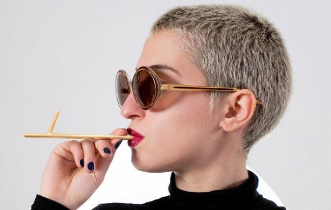 Во Франции изобрели полезную сигарету (6 фото)