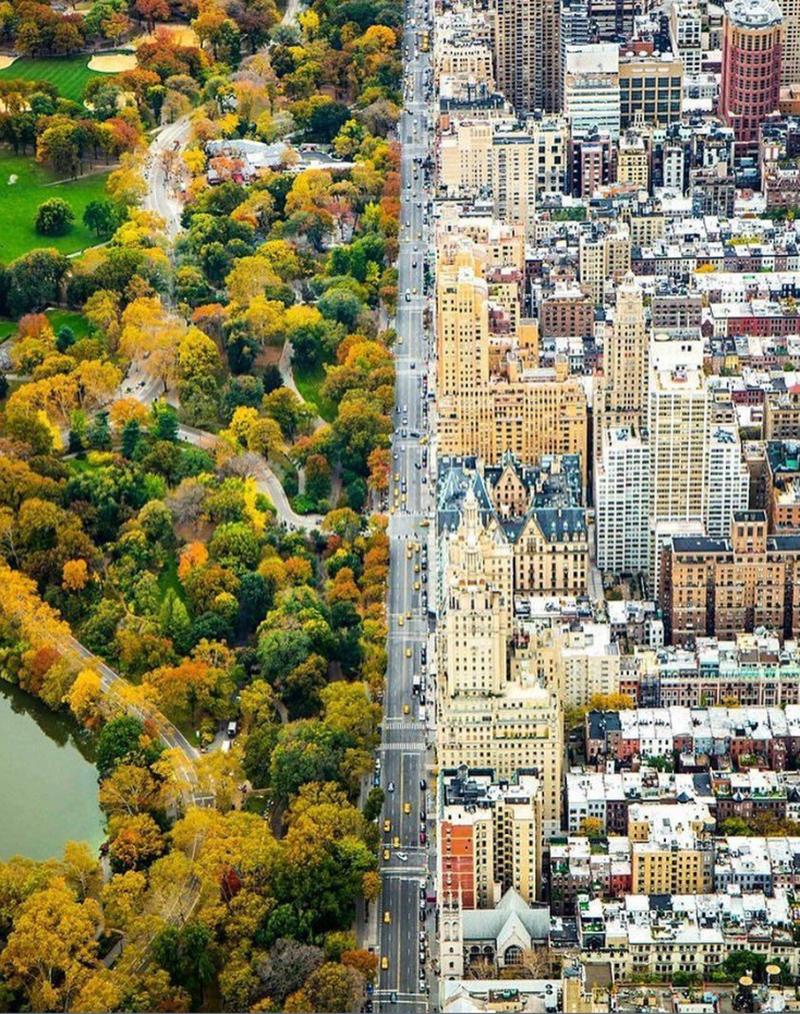 На стыке миров, Нью-Йорк, США