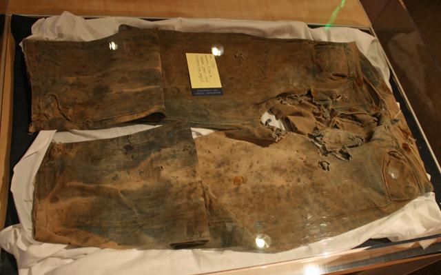 Самые уникальные джинсы в мире