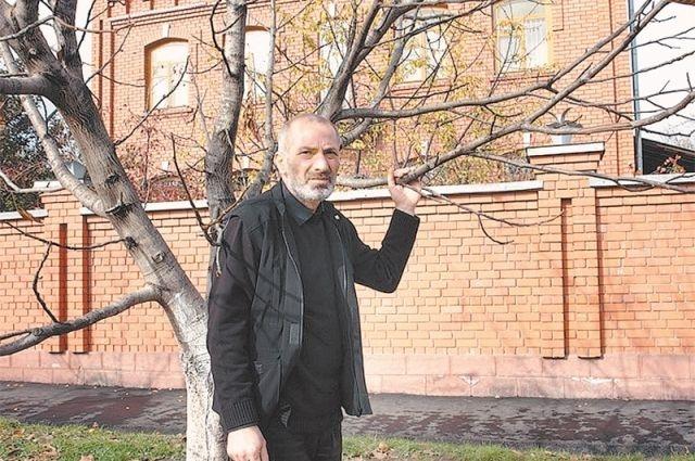 Виталий Калоев, который убил авиадиспетчера снова стал отцом