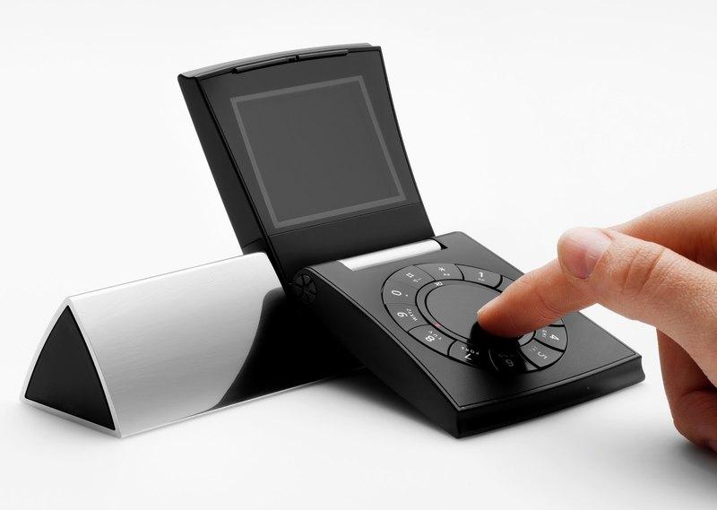 Самые необычные телефоны в мире