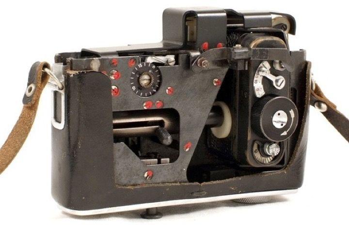 """Шпионская камера в обычном фотоаппарате """"Зенит"""""""