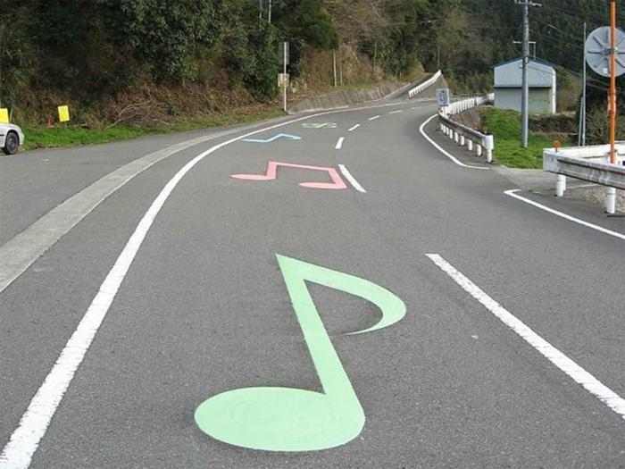 Музыкальная дорога в США (фото дня)