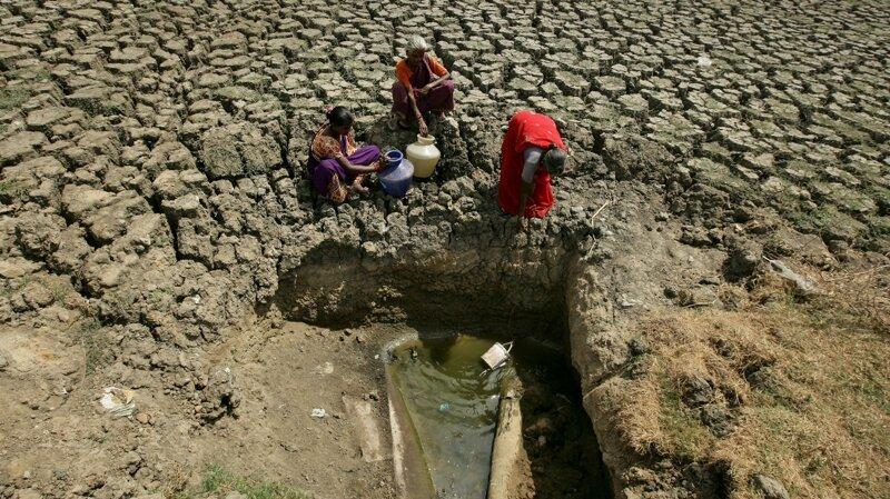 В городе Ченнаи (Индия)  9 000 000 человек остались без воды
