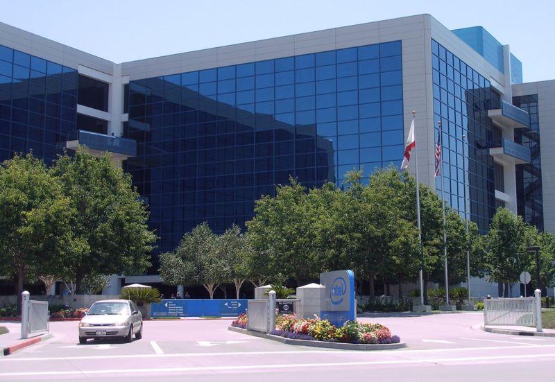 Как выглядели здания известных компаний в год основания и сейчас