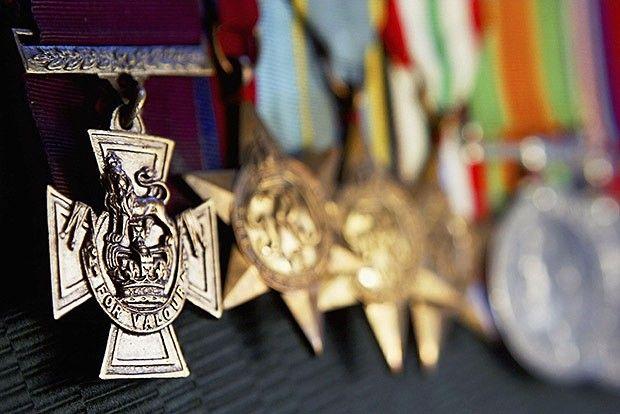 10 самых дорогих аукционных лотов военного антиквариата