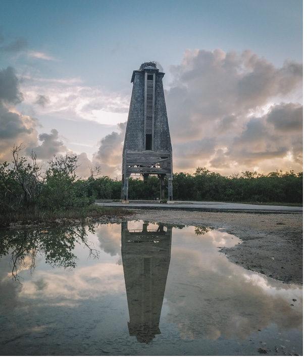 Необычная башня со своей историей (10 фото)