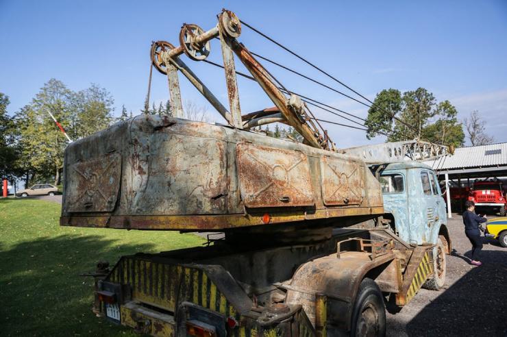 """Автомобильный музей в Литве из """"Чернобыля"""" (32 фото)"""