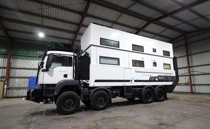 Пятизвездочный дом в грузовике (9 фото)