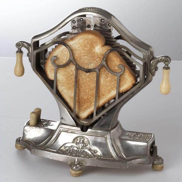 ТОП-15 привычных приборов, которые когда-то имели совершенно другой вид