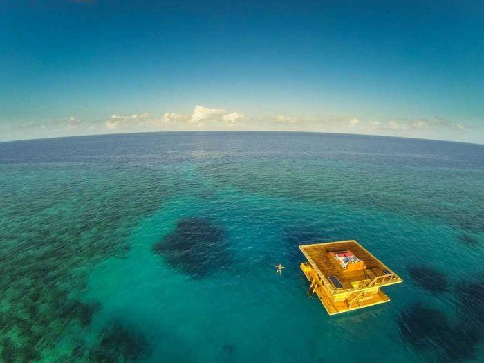Подводный отель в Африке (7 фотографий)