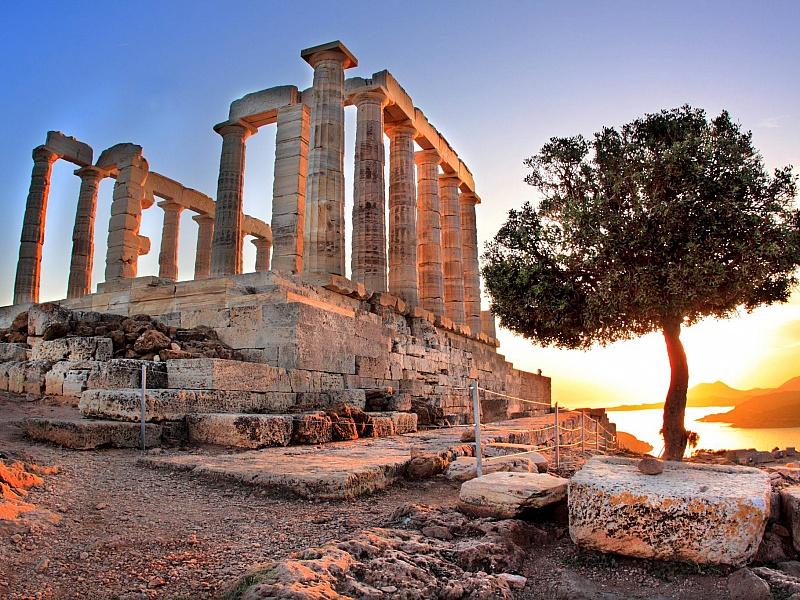 Топ-8 Удивительные и необычные туристические достопримечательности в Греции