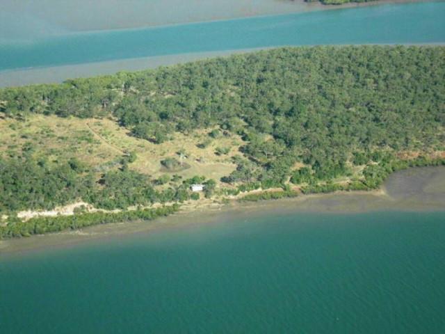 Самый дешёвый остров в Австралии выставлен на продажу (10 фото)