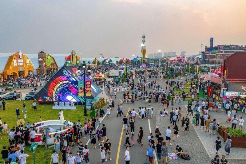 Ежегодный фестиваль пива в Циндао (13 фото)